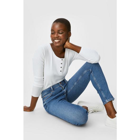 Premium Skinny Ankle Jeans