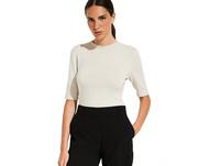 Kurzarm-Feinstrickshirt mit raffinierten Details - Strickshirt