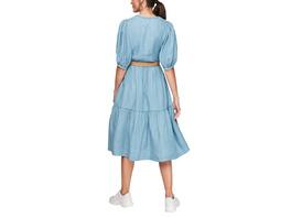 Gestuftes Light Denim-Kleid - Sommer-Jeanskleid